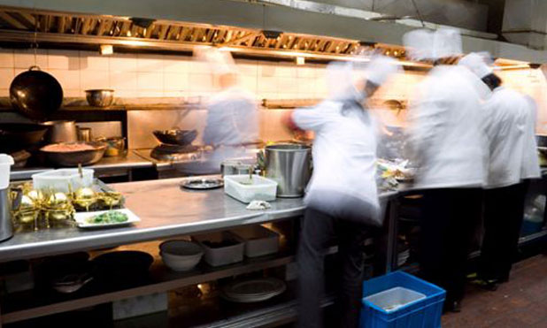 restaurant-industry-tanks-financial-crisis-marketexpress-in