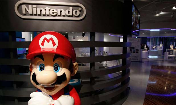 Super Mario hits smartphone screens