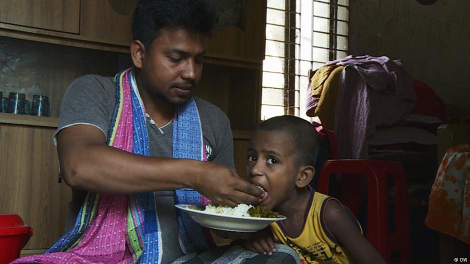 bangladesh-sewing-fish-rice-marketexpress-in
