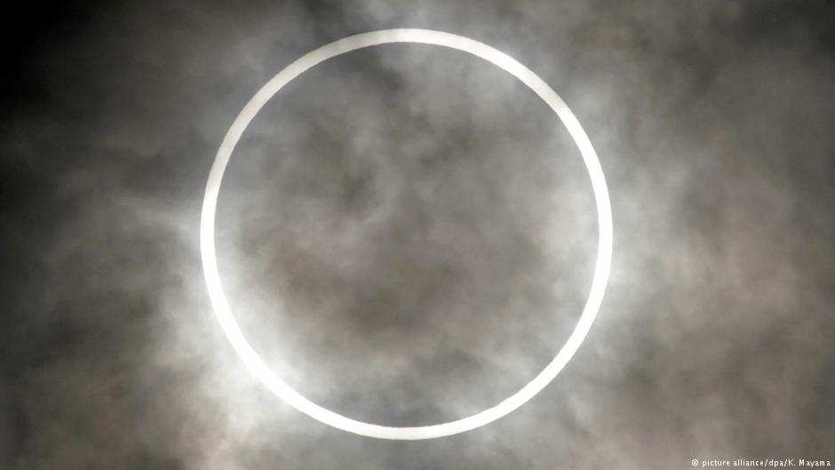 apple-siri-total-solar-eclipses-marketexpress-in